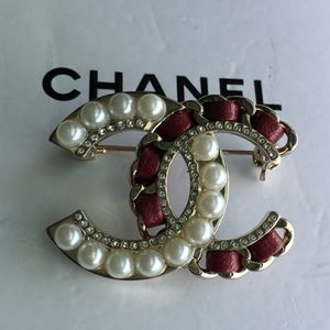 Chanel Authentic Pearl and Leather Brooch